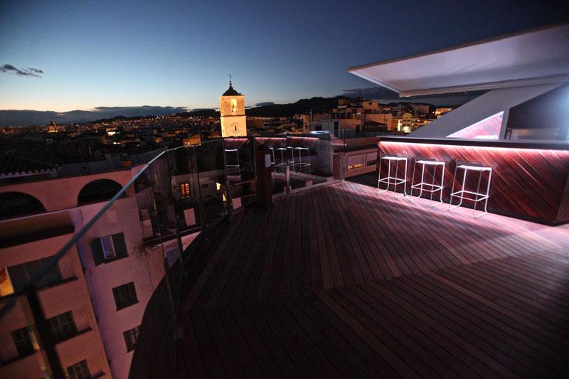 Alcazaba Premium Hostel en el blog El Viajero de El País