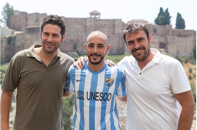 Amrabat is officially presented at the Alcazaba Premium Hostel Rooftop Terrace [video]