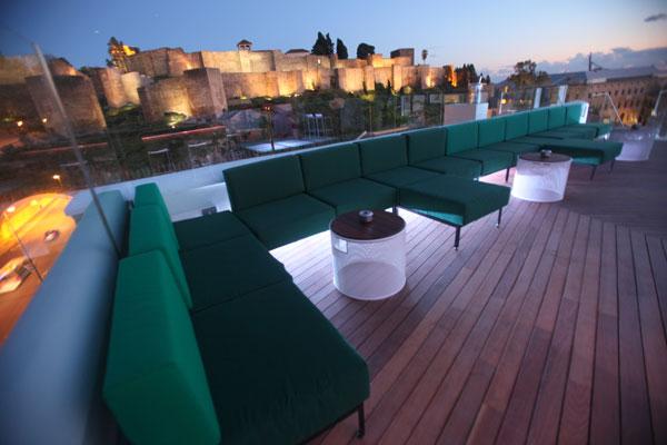 La Terraza de Alcazaba Premium Hostel se prepara para la Feria de Málaga 2015