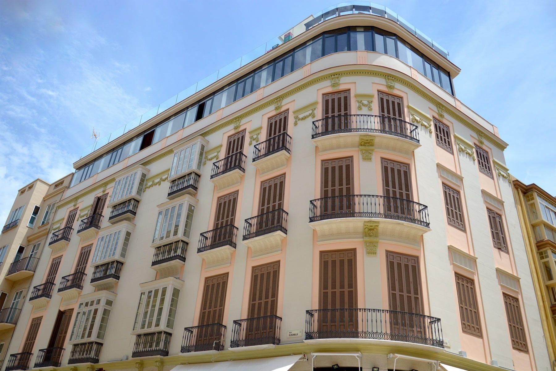 Fachada Alcazba Premium Hostel
